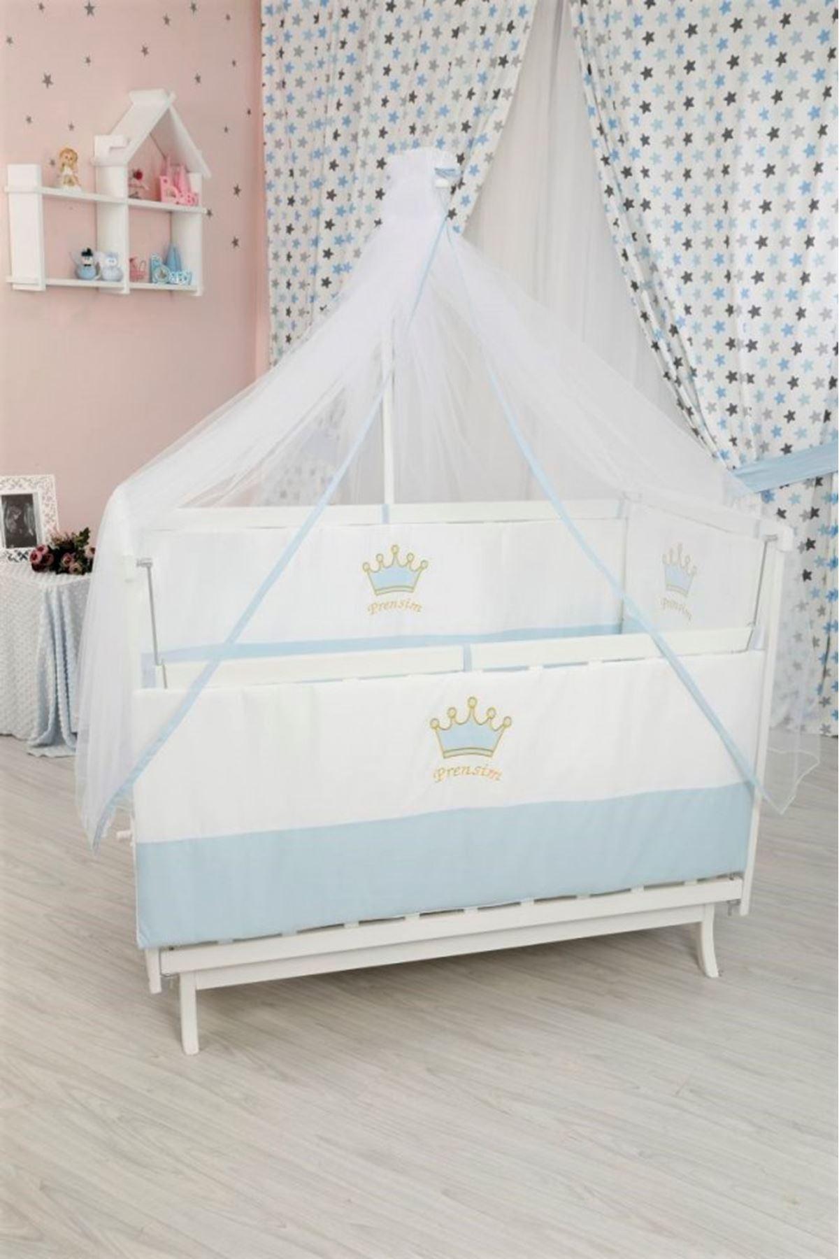 Mavi Taçlı Uyku Seti ile Beyaz Karyola Bebek Beşiği