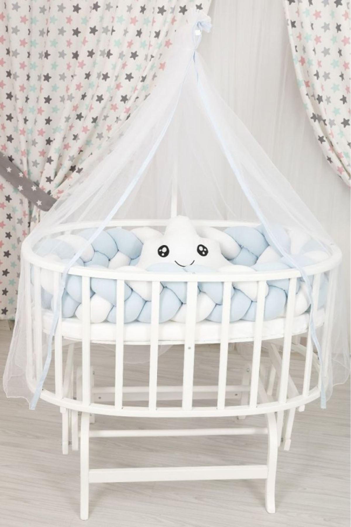 سرير أبيض حجم كبير مجدل أزرق