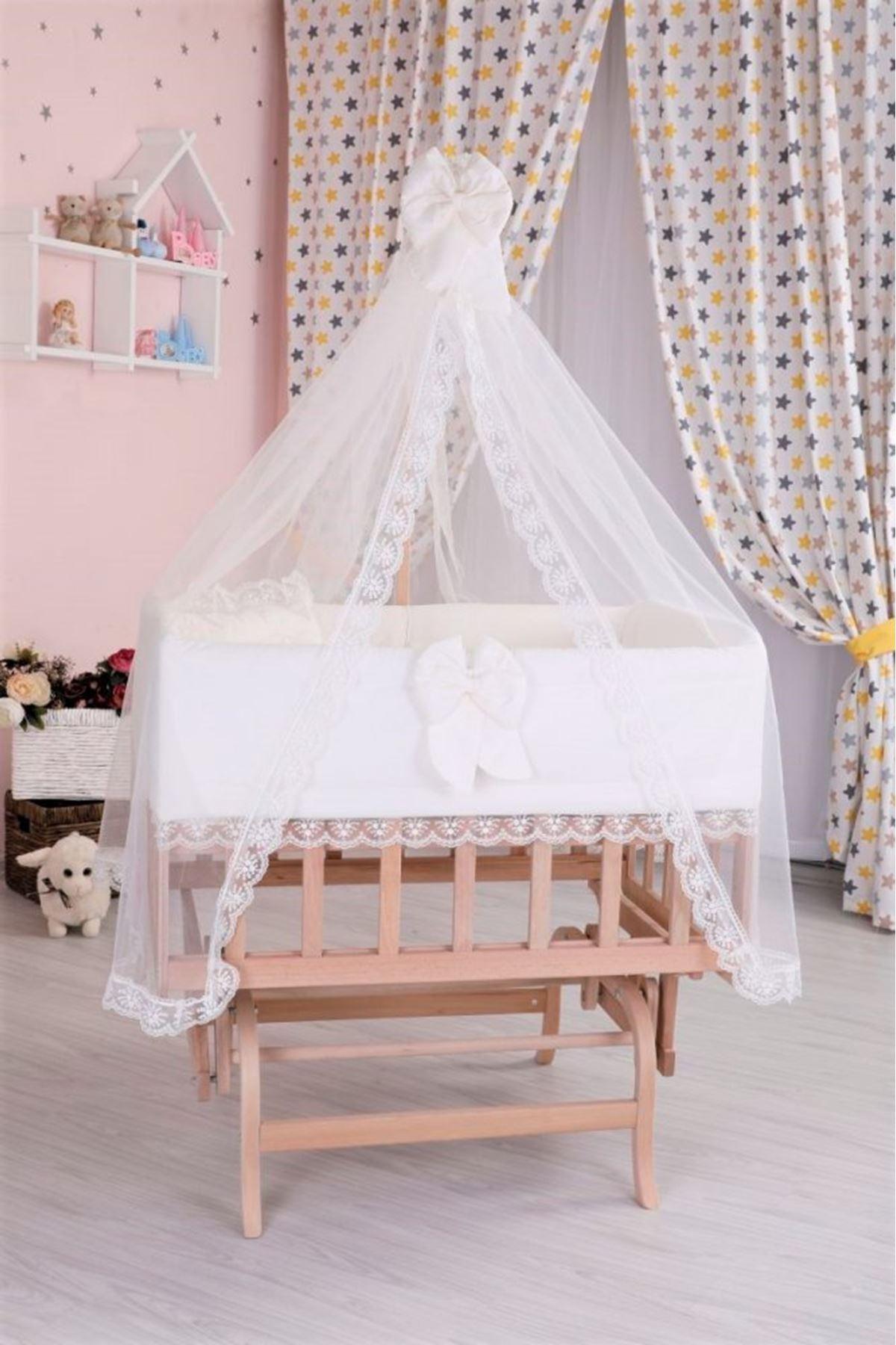 سرير خشبي مستطيل صغير ضانتيل عادي كريم