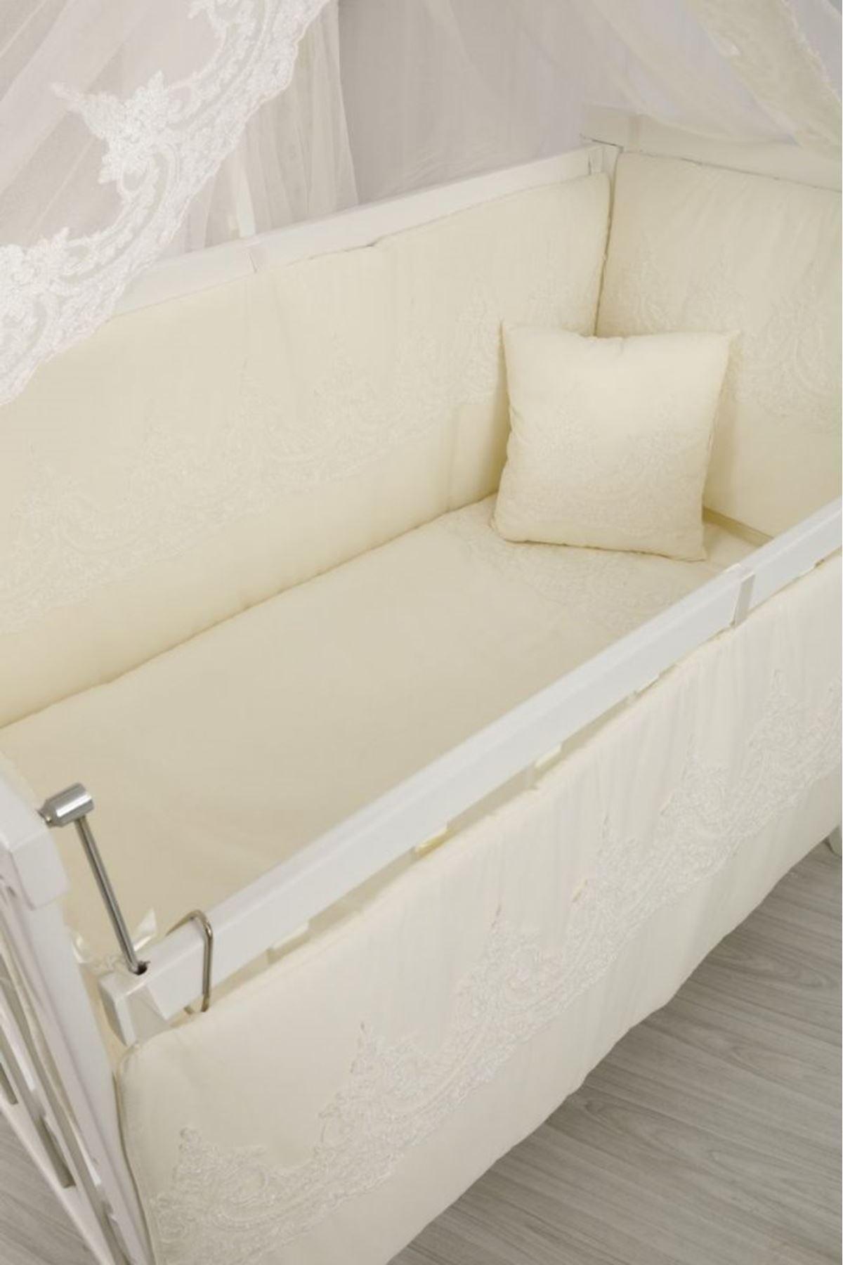 Karyola Beşik İçin Krem Osmanlı Dantelli Bebek Uyku Seti
