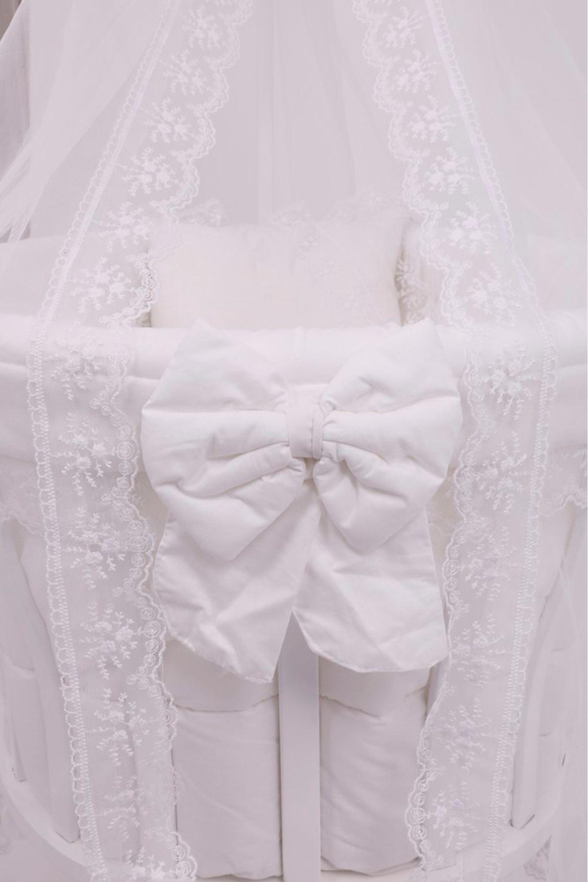 Sepet Beşik İçin Beyaz Fransız Dantelli Bebek Uyku Seti