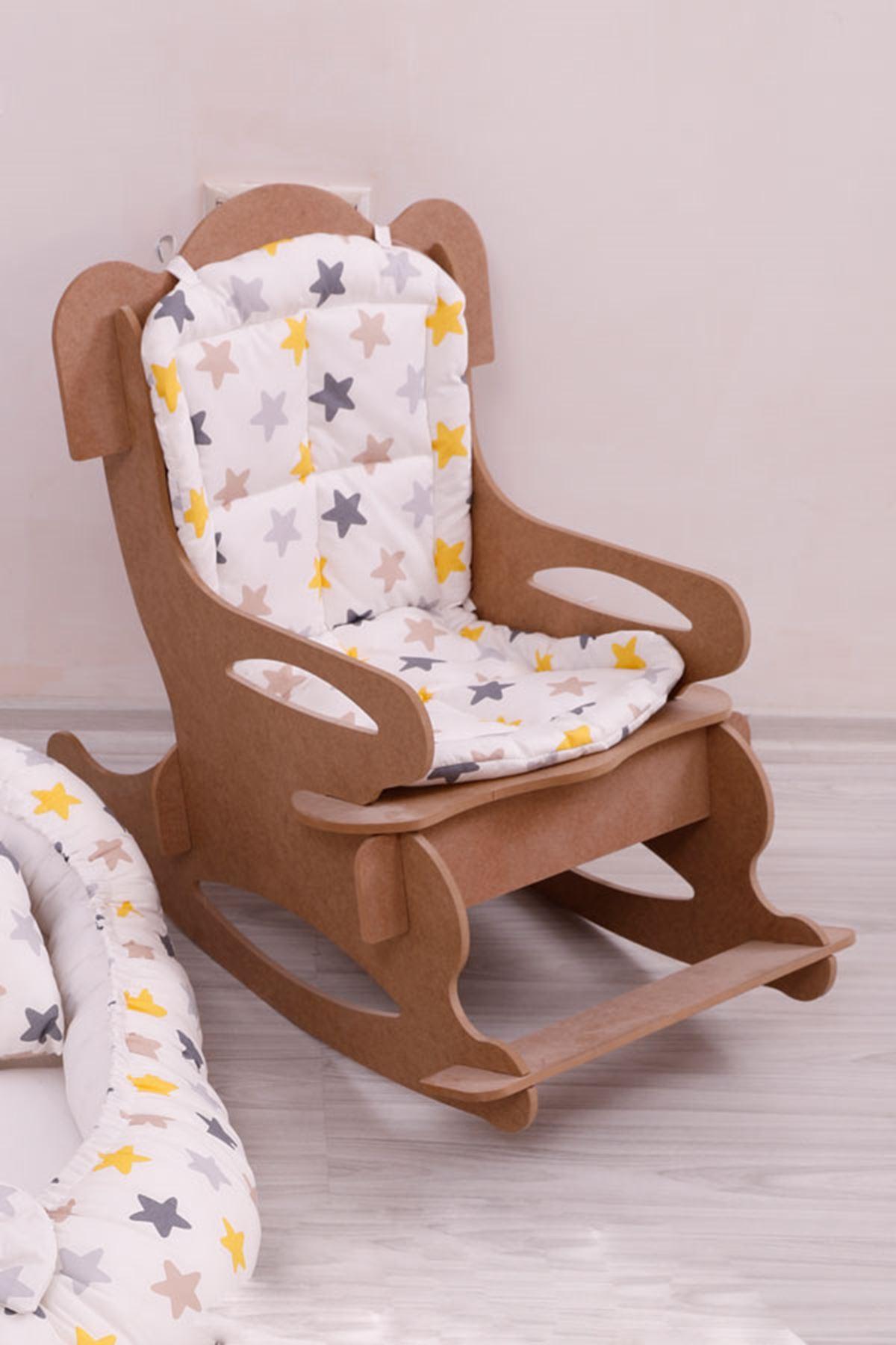 """Çocuk Sandalyesi """"Sarı Yıldızlı Minder""""  İle"""