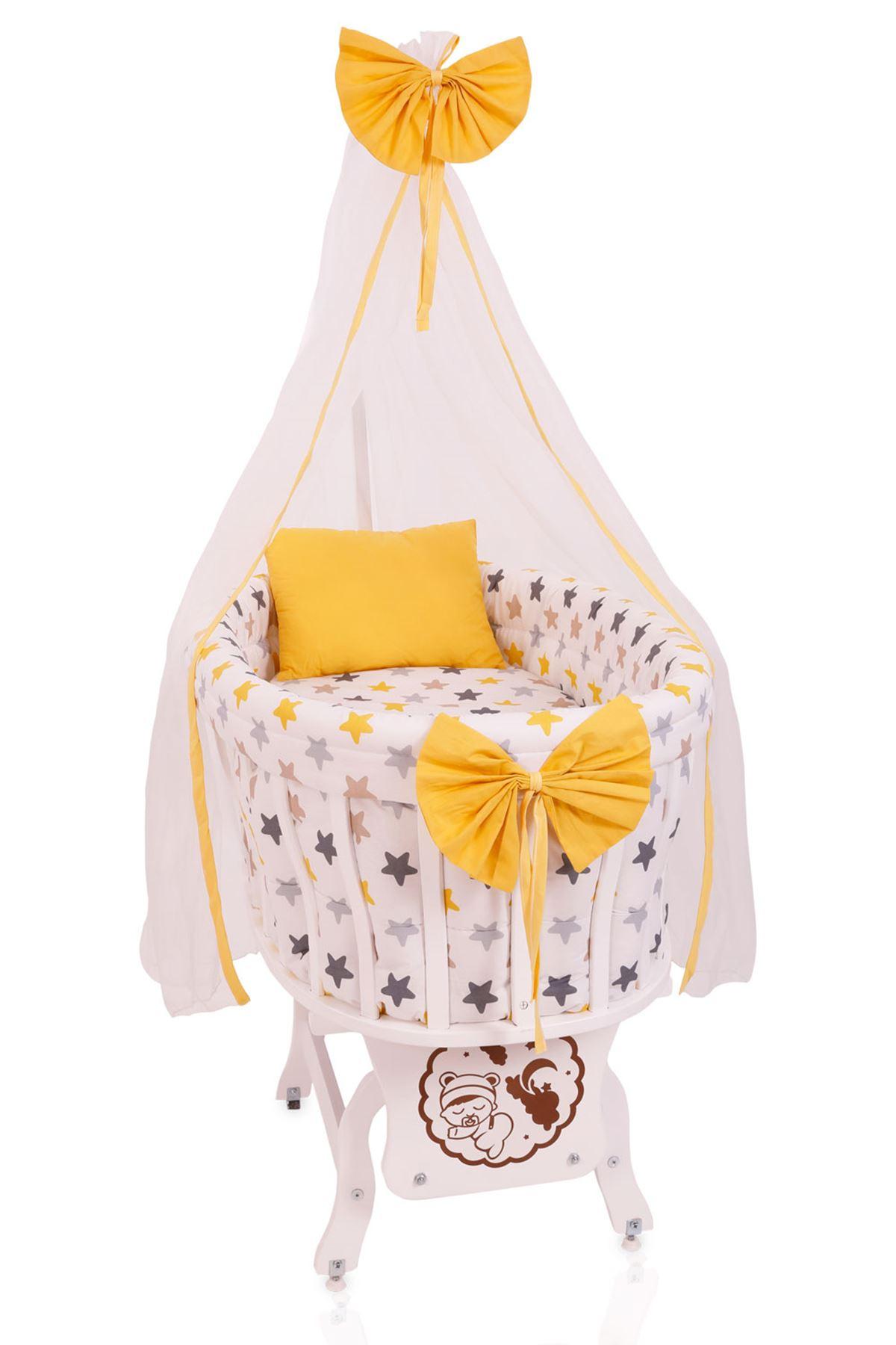 """Beyaz Sepet Beşik """"Sarı Yıldız Uyku Seti"""" ile"""